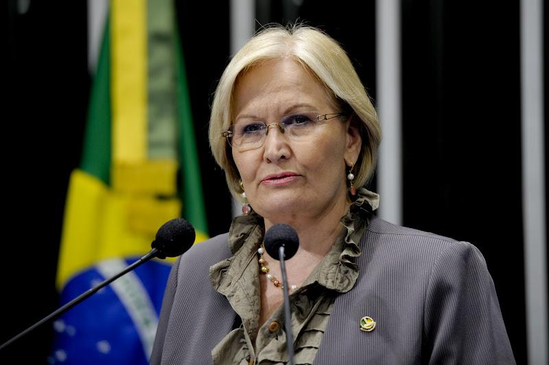 Sessão solene conjunta do Congresso Nacional para celebrar o Dia Mundial do Meio Ambiente, comemorado no dia 5 de junho.  Em discurso na tribuna do plenário do Senado, senadora Ana Amélia  (PP-RS).